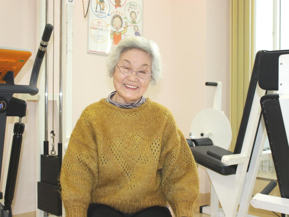 当時は変形性膝関節症で右膝の手術をして歩けませんでした。